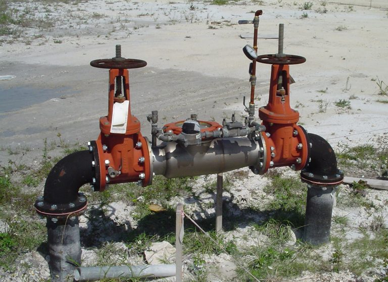 Red pipe and valve water system