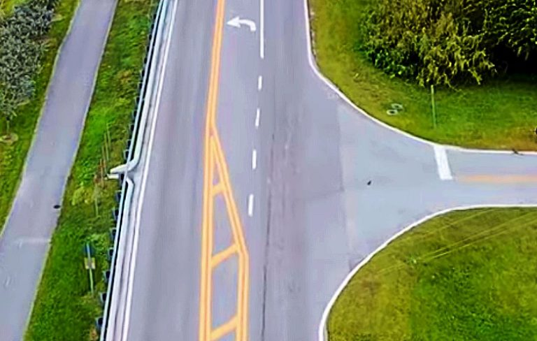 A road with a T-intersection